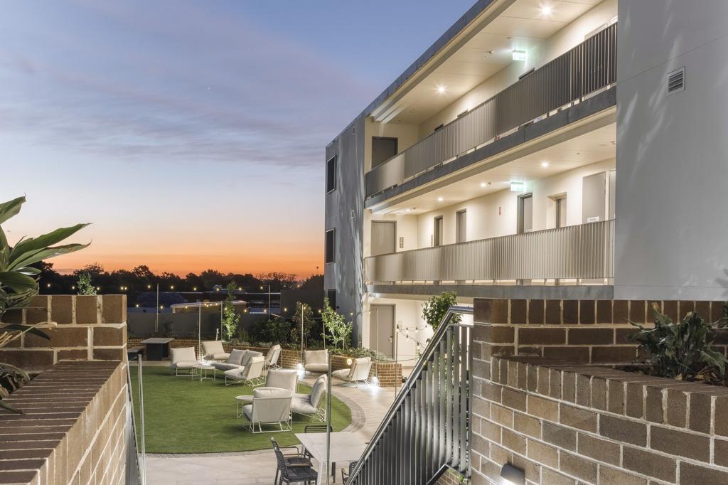Dash Living St Peters Sydney - outdoor garden (1)